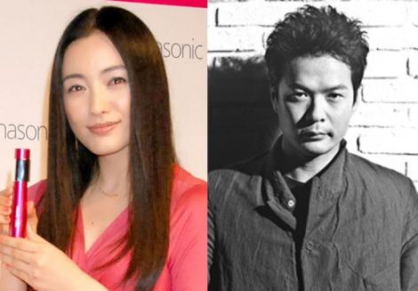 サムネイル 結婚を発表した仲間由紀恵と田中哲司