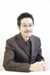 映画『ピース オブ ケイク』で監督を務める田口トモロヲ