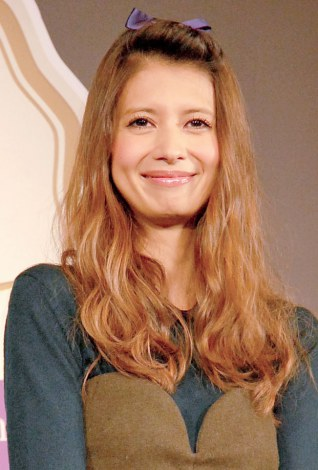 サムネイル 『輝く女性を応援! Ameba Meister Award』に出席した吉川ひなの (C)ORICON NewS inc.