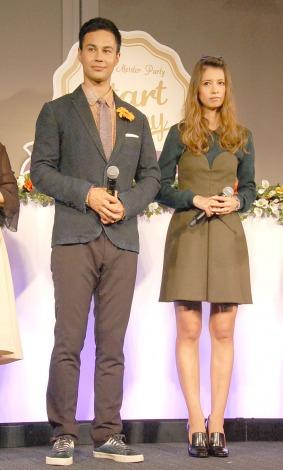 『輝く女性を応援! Ameba Meister Award』に出席した(左から)ユージ、吉川ひなの (C)ORICON NewS inc.