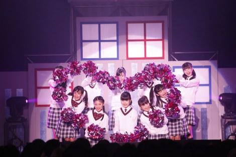 ワンマンライブ『さくら学院2014〜紅葉 秋の陣〜』を開催したさくら学院