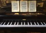 鍵盤が3分割された「3倍高密ピアノ」と画期的な「15線譜」。『トリプレッソ』キャンペーンのためだけに特別に開発された