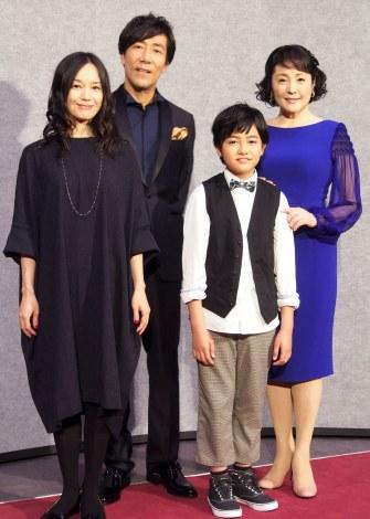 NHK木曜時代劇『ぼんくら』の取材会に出席した(左から)奥貫薫、岸谷五朗、加部亜門、松坂慶子 (C)ORICON NewS inc.