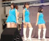 5thシングル「背伸び/伊達じゃないよ うちの人生は」発売記念イベントを行ったJuice=Juice