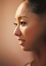 インタビューでは母としての心境も語った安藤美姫(写真集『My Way』より)