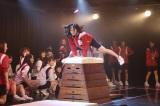 6周年にちなみ6段の跳び箱に挑戦したSKE48メンバー(写真は松井珠理奈)(C)AKS