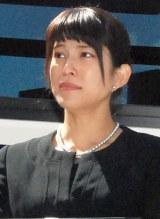 先月29日のTENNさん告別式で涙を流す上原多香子 (C)ORICON NewS inc.