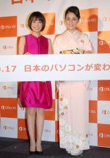 日本マイクロソフト『New Office』発売記念イベントに出席した(左から)小林麻耶&小林麻央姉妹 (C)ORICON NewS inc.