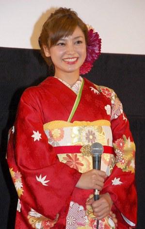 艶やかな着物姿で魅了した平愛梨 (C)ORICON NewS inc.