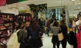 ハロウィンに装飾されSHIBUYA109店内全てがパーティー会場となった (C)ORICON NewS inc.
