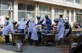 南海トラフ巨大地震を想定して行われた宮崎県総合防災訓練の一環で、日向市大王谷小学校では大規模避難訓練が行われた