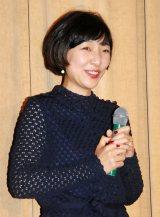 映画『0.5ミリ』完成披露試写会に姉妹そろって出席した安藤サクラ