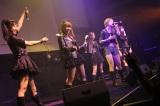 デビューイベントで5曲を熱唱したCANDY GO!GO!