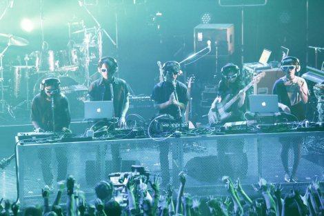 音楽イベント『JAPAN NIGHT in TIMM』でライブを行ったサカナクション