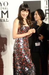 『第27回東京国際映画祭』レッドカーペットに登場した菅野美穂 (C)ORICON NewS inc.