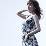 安倍なつみが初挑戦したクラシカルアルバム『光へ〜』が週間アルバムランキングのクラシック部門1位