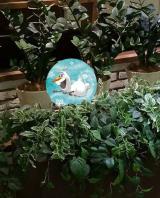 ルミネのクリスマスは『アナと雪の女王』がテーマ。「隠れオラフ」を見つけるとレアなプレゼントが当たるキャンペーンも(写真は「ルミネ新宿」)(C)Disney