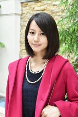 髪を20cmカット! 1月スタートのTBS系ドラマ『まっしろ』で主演を務める堀北真希 (C)TBS