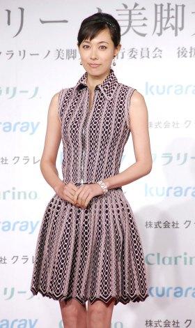 『第12回 クラリーノ美脚大賞2014』30代部門を受賞した吹石一恵 (C)ORICON NewS inc.