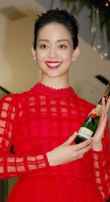 『OMOTESANDO HILLS CHRISTMAS 2014 with Moet & Chandon』点灯式に出席した松島花