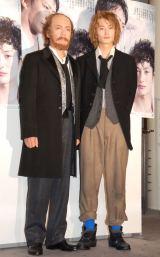 舞台『皆既食-Total Eclipse-』の取材会に出席した(左から)生瀬勝久、岡田将生 (C)ORICON NewS inc.