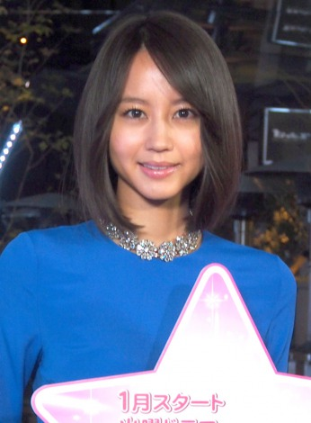 赤坂サカスのイルミネーション点灯式に登場した堀北真希 (C)ORICON NewS inc.