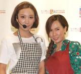 母・ママちん(右)とイベントで初共演したざわちん(左) (C)ORICON NewS inc.