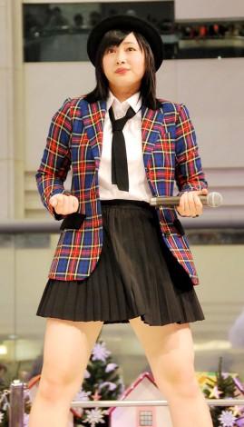 ラストシングル「ロマンスを語って/永久の歌」発売イベントを行ったBerryz工房・須藤茉麻 (C)ORICON NewS inc.