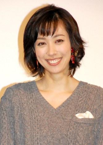 TBS系ドラマ『ママとパパが生きる理由。』完成披露試写会に出席した吹石一恵 (C)ORICON NewS inc.