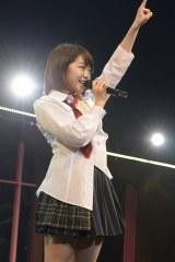 AKB48全国ツアー大分公演(昼)の模様(写真は峯岸みなみ)(C)AKS