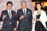 『WHISKY HILLS AWARD2014』授賞式に出席した(左から)工藤公康監督、伊集院静氏、井川遥 (C)ORICON NewS inc.