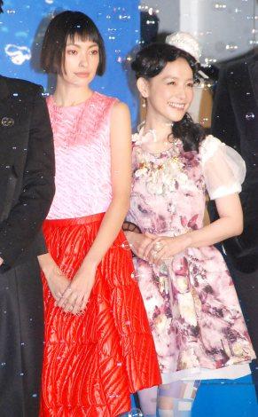 映画『海月姫』ワールドプレミア試写会に出席した(左から)太田莉菜、篠原ともえ (C)ORICON NewS inc.