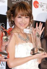 『ベスト スタイリング アワード 2014』を受賞した鈴木奈々 (C)ORICON NewS inc.