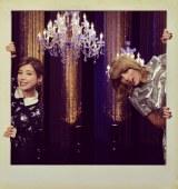 米歌手テイラー・スウィフト(右)がNHK『SONGS』に初出演。仲里依紗(左)と女子トークも(C)NHK