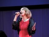 Ms.OOJA、30歳限定女子会で熱唱