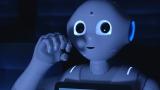 ソフトバンクショップの店頭で働いている「会いに行けるロボット」Pepperが、ディズニー・アニメ映画『ベイマックス』(12月20日公開)で吹き替え版のアフレコに挑戦する姿に密着したスペシャル・ムービー公開(C) 2014 Disney. All Rights Reserved.