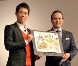 ジャガー『Fタイプ KEI NISHIKORI EDITION』発売記念イベントに出席した錦織圭(左) (C)ORICON NewS inc.