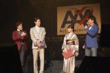 吉高由里子&鈴木亮平、『花子とアン』さながらの衣装で登場