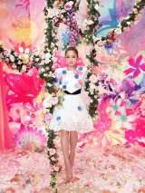 清川あさみがプロデュースした「恋する気持ち」ミュージックビデオ