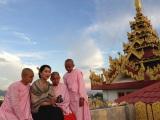 ミャンマー第2の都市マンダレーの尼寺(C)NHK