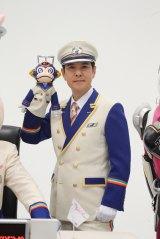 『烈車戦隊トッキュウジャー』車掌役の関根勤(C)テレビ朝日・東映AG・東映