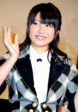 ドキュメンタリー映画『DOCUMENTARY of AKB48 show must go on 少女たちは傷つきながら、夢を見る』初日舞台あいさつに出席した横山由依