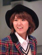 徳永千奈美(22)。MCではデビュー当時のエピソードなどを披露した。(C)De-View