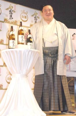 霧島酒造『白霧島』新商品発表会に出席した白鵬 (C)ORICON NewS inc.
