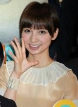 2012年年間CM起用社数1位に輝いたAKB48・篠田麻里子 (C)ORICON DD inc.