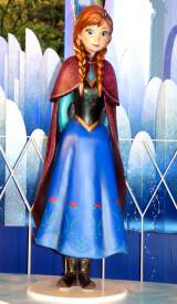 『アナと雪の女王』アナ等身オブジェ(C)Disney (C)ORICON NewS inc.