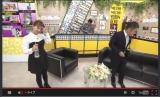 加藤浩次に回された後、一息…(ゼロテレビ『めちゃ×2ユルんでるッ!』より)