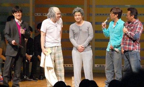 (左から)内村光良、しゃもじ、さまぁ〜ず=『新人内さまライブチャンピオン大会2014』の模様 (C)ORICON NewS inc.