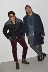 新日本プロレス・写真集『Be』より ファッションシューティングに挑む飯伏幸太(左)と棚橋弘至(右)