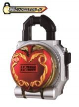 初回生産限定のロックシード版にはVシネマオリジナルの「DX禁断のリンゴロックシード」を同梱(C)2015石森プロ・テレビ朝日・ADK・バンダイ・東映ビデオ・東映 (C)石森プロ・テレビ朝日・ADK・東映